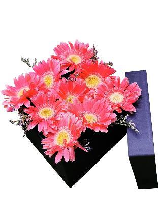 52 Pink Gerbera Love Box 001