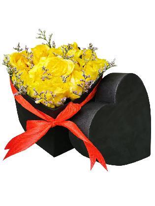 Yellow Roses Heart Love Box